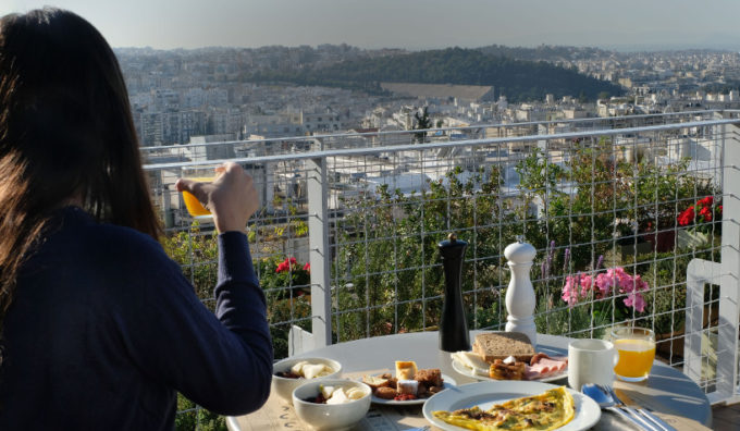 Luxurious boutique hotel in Athens' prestigious shopping area