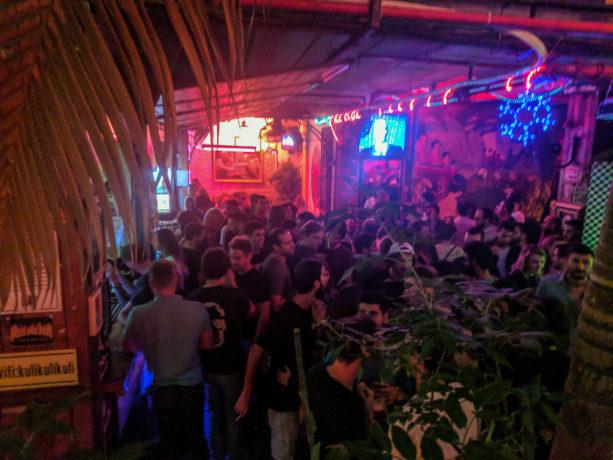 Tel Aviv pub crawl – A fun tour that'll take you to the best hangouts in Tel Aviv